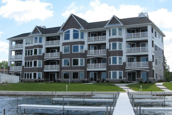 Sunset Harbor - Exterior 1